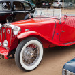 Stock Photo: CHENNAI - INDI- JULY 24: MG (retro vintage car) on Heritage Ca