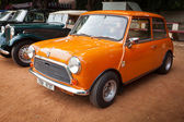 CHENNAI - INDIA - JULY 24: Cooper Mini (retro vintage car) on He — Stock Photo