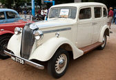 CHENNAI - INDIA - JULY 24: Vauxhall 14 1938 (retro vintage car) — Stock Photo