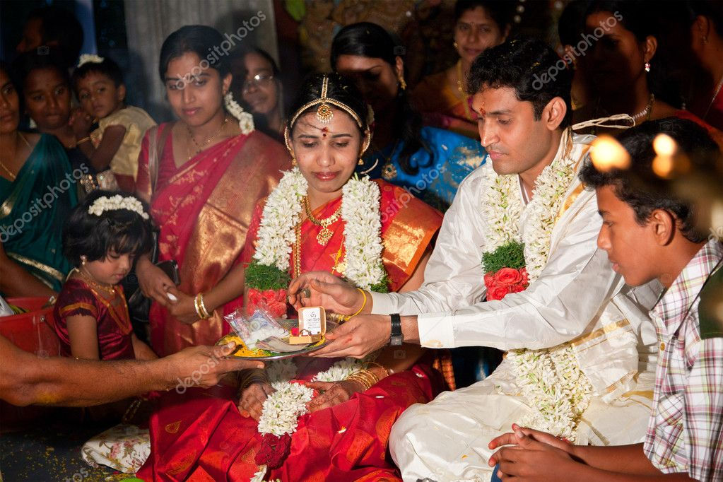 Wedding Gifts For Couples In Chennai : Tamil Indian Wedding Traditions Indian Tamil Traditional