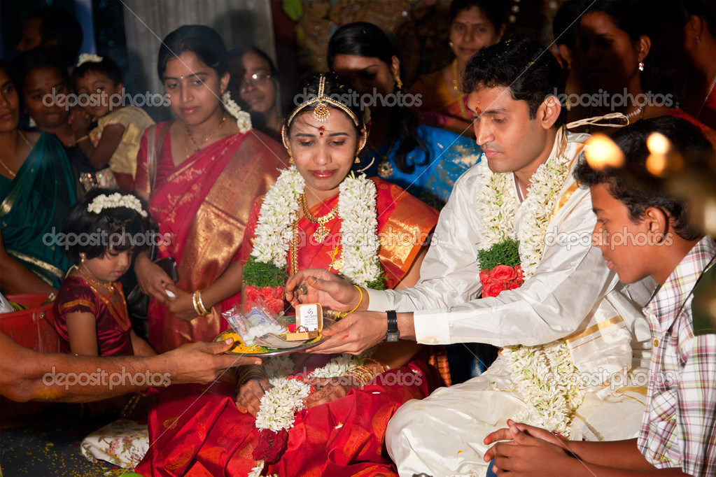 Tamil Indian Wedding Traditions Indian Tamil Traditional
