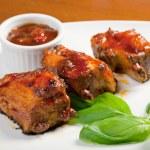 italiensk mat, lamm och tomat sås — Stockfoto