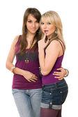 两个年轻漂亮的女孩 — 图库照片
