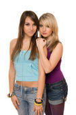 δύο όμορφες νεαρές γυναίκες — Φωτογραφία Αρχείου