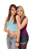两个年轻漂亮的姑娘 — 图库照片