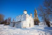 Rizopolozhensky monastery at Suzdal in winter — Stock Photo