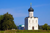 Church of the Intercession on River Nerl — Stockfoto