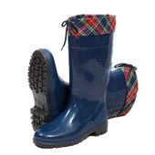 Waterproof wellington boots — Stock Photo