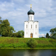 Foto de Stock  : Church of Intercession on River Nerl