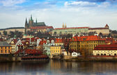 Utsikt över pragborgen, tjeckien — Stockfoto