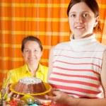 Women are preparing for Easter — Stock Photo