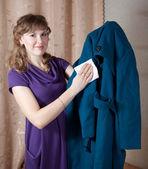 女性清掃・ コート — ストック写真