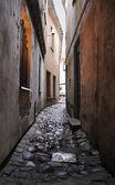 Narrow medieval lane at Vilnius — Stock Photo