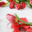 Fine table setting with tulip - Spring time — Stock Photo