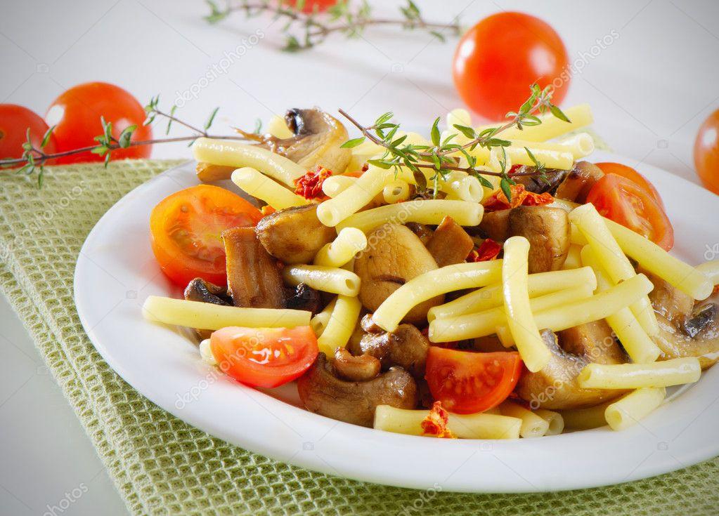 Салат креветки и кальмары рецепт очень вкусный