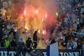 Fc dynamo kiev aanhangers branden de branden — Stockfoto