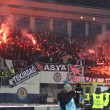 FC Besiktas supporters burn the fires — Stock Photo