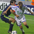 Oleg Gusev of Dynamo Kyiv (R) and Oleguer of AFC Ajax — Stock Photo