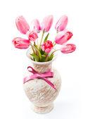 Rosa tulipanes en florero — Foto de Stock