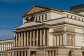 Varşova, polonya - ulusal opera evi ve ulusal tiyatro kurmak — Stok fotoğraf