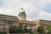 Historische paleis in boedapest — Stockfoto