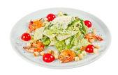 海老入りシーザー サラダ — ストック写真