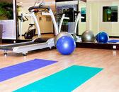 Ausrüstung, Fitness-Studio-Gerät — Stockfoto