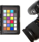Professional photo equipment to adjust color and white balance — Stock Photo
