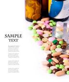 Montón de pastillas de colores — Foto de Stock