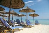 Vuoto spiaggia soleggiata — Foto Stock
