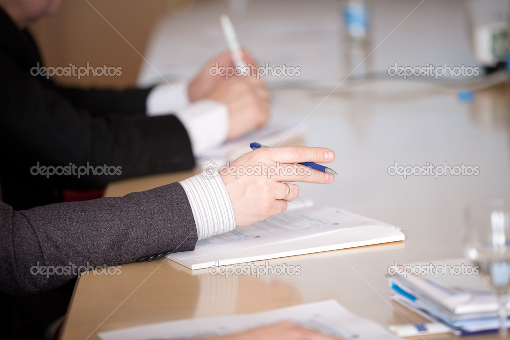 Male hands make notes on a conference — Stock Photo #8535863