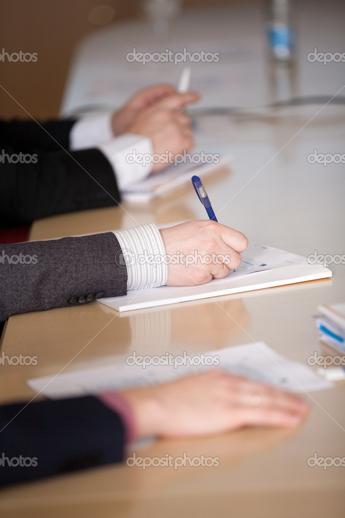 Male hands make notes on a conference — Stock Photo #8535872