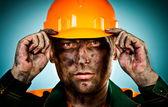 Travailleur de l'industrie pétrolière portrait — Photo