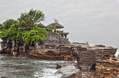 Temple in the sea( Pura tanah lot), Bali, Indonesia — Foto de Stock