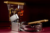 Cigarro y whisky — Foto de Stock