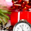 Gift box and clock — Stock Photo #8081964
