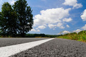 Estrada rural vazia — Fotografia Stock