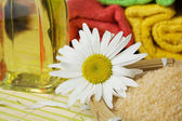 Oil, flower and salt — Stock Photo