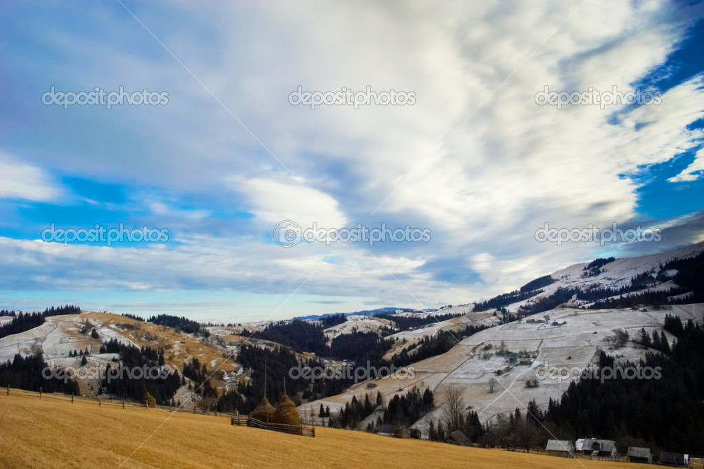 Winter theme. An image of mountains — Stock Photo #8565526