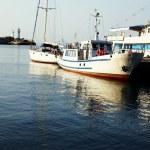 Boats near the pier — Stock Photo