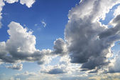 White clouds over blue sky — Foto Stock