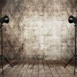 estúdio de fotografia no velho interior grunge — Foto Stock