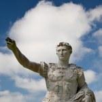 Roman Emperor Augustus Statue — Stock Photo #8389522