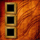 Starý viktoriánský styl viktoriánské snímků na zdi v pokoji — Stock fotografie