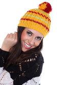 ニット帽子で幸せな女 — ストック写真
