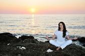 Sunset meditation — Stock Photo