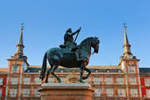 Statue of Philip III on Mayor plaza in Madrid Spain — Stock Photo
