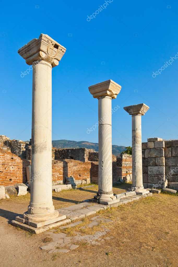 Ruins of st. Johns Basilica at Ayasuluk Hill - Selcuk Ephesus Turkey — Stock Photo #9762455