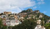 Mountain with Saracen Castle above Taormina in Sicily — Stock Photo