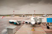 Airliner parked at the airport — Stock Photo
